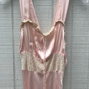 Vintage 1930's nightgown
